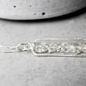 unikalne naszyjniki kamień 925 srebrny łańcuszek diament