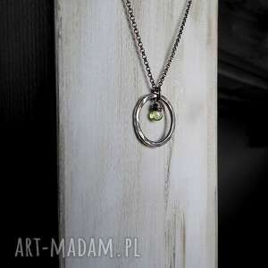 gustowne naszyjniki z-peridotem srebrny naszyjnik z peridotem- do