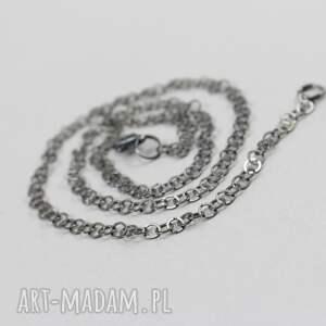 ciekawe naszyjniki łańcuszek srebrny oksydowany