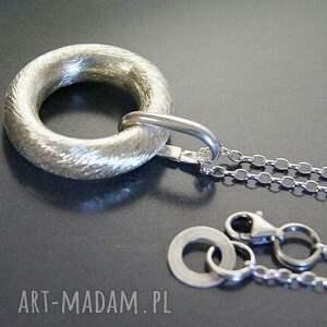 naszyjniki srebro srebro, wisior - koło w satynie