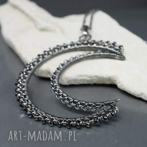 czarne naszyjniki srebrny wisior duży a jednocześnie subtelny wisiorek