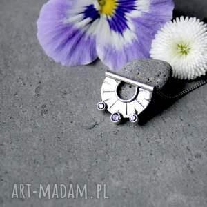 hand made naszyjniki codzienny tiny pendant three lavender dots
