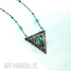 turkusowe naszyjniki turkusowy trójkąt
