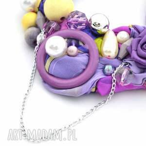 fiolet ultrafiolet naszyjnik handmade