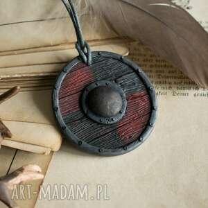 biżuteriaetniczna naszyjniki wisior tarcza wikinga