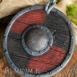 wisior naszyjniki tarcza wikinga