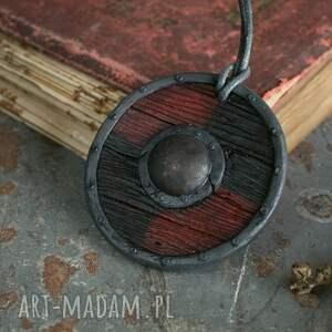 naszyjniki biżuteriaetniczna wisior tarcza wikinga