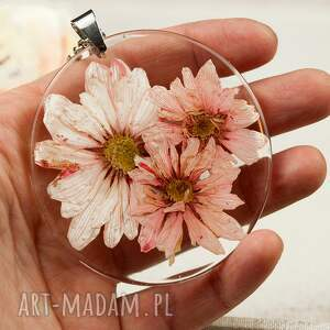 awangardowe naszyjniki medalion-z-kwiatem z138 naszyjnik z suszonymi kwiatami