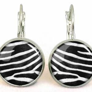 zebra naszyjniki - medalion z łańcuszkiem