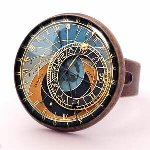 naszyjniki medalion zegar praski -