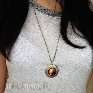 brązowe naszyjniki medalion źrenica - sekretnik z łańcuszkiem