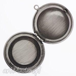 turkusowe naszyjniki oko źrenica - sekretnik z łańcuszkiem