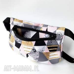CATOO accessories hand made prezent nerka torebka biodrowa trojkaty