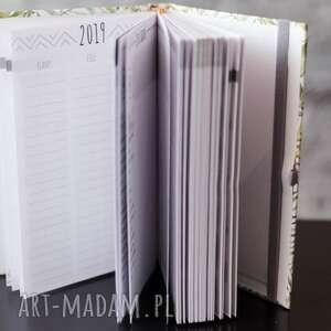 ręcznie zrobione notesy kalendarz terminarz dla fotografa