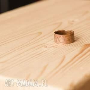 pierścionek obrączki obrączka z drewna