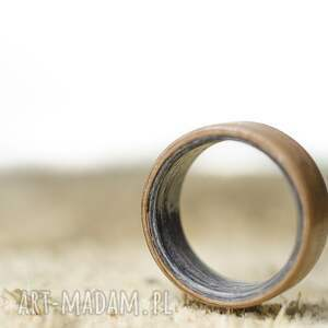 beżowe obrączki obrączka pierścionek z drewna buk