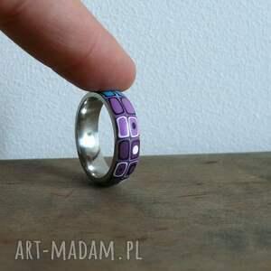 eleganckie obrączki obrączka stalowa z polymer clay