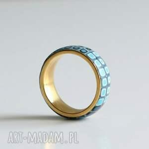 niebieskie obrączki pierścionki obrączka w bĺękicie