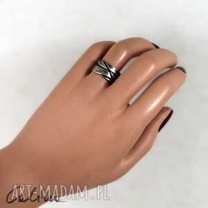 handmade pierścionel skosy - metalowa obrączka (rozm