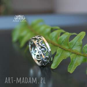 hand made obrączki ażurowa obrączka wykonana ręcznie ze srebra