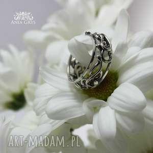 obrączki obrączka srebrna koronka
