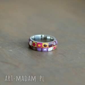 kolorowe obrączki stalowa obrączka z polymer clay