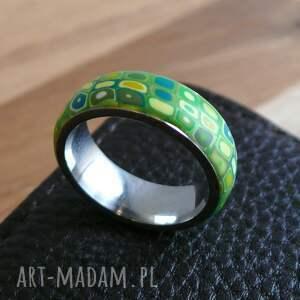 żółte obrączki pierścionek wiosenna obrączka