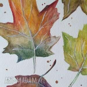atrakcyjne jesienne liście akwarela formatu