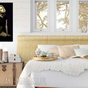 Obraz na płótnie Młoda kobieta 60 x 90 cm - do salonu, do sypialni ludzie obrazy
