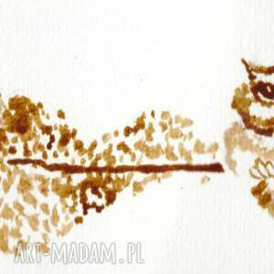 beżowe obrazy sówka jeziorna - obraz kawą