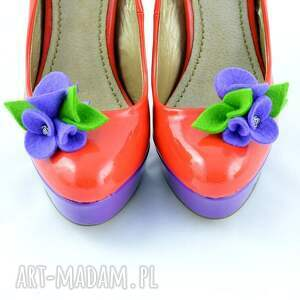 nietypowe ozdoby do butów filc filcowe klipsy - przypinki