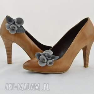 ozdoby do butów buty klipsy butów- filcowe bratki