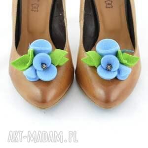 intrygujące ozdoby do butów filc klipsy - przypinki