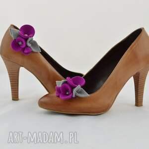 różowe ozdoby do butów filc klipsy - filcowe przypinki