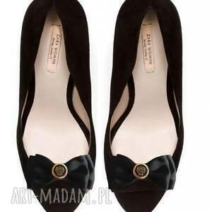 niepowtarzalne ozdoby do butów klipsy royal -