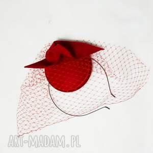 czerwień czerwona dama