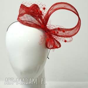nietypowe ozdoby do włosów fascynator czerwona wariacja