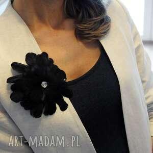 czarne ozdoby do włosów pióra fascynator / broszka z piór,,czarna