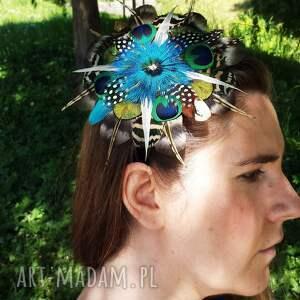 ozdoby do włosów fascynator z piór - kolorowe