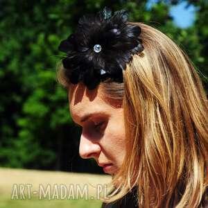 spinka ozdoby do włosów fascynator / broszka z piór,,czarna