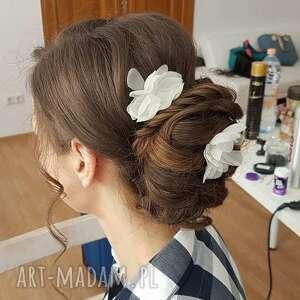efektowne ozdoby do włosów jedwab jedwabne kwiatki