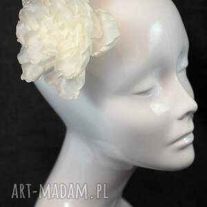 perła jedwabny kwiat z perłą