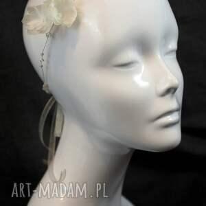 urokliwe ozdoby do włosów kwiaty kryształowa opaska