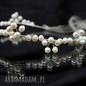 białe ozdoby do włosów ozdoba perłowo