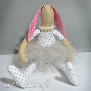 maskotki królisia baletnisia przytulanka z bransoletką, królik, baletnica