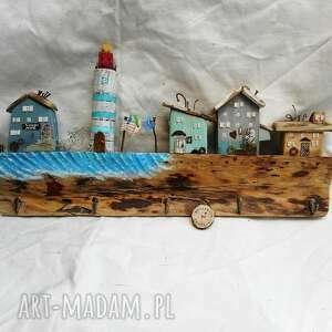 Rustykalny wieszak - rybacka wioska z latarnią wieszaki