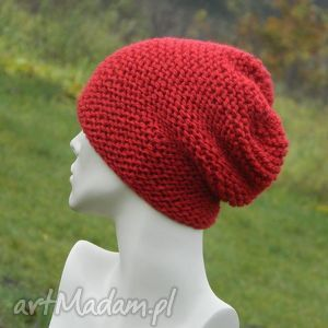 czerwona - na prawo, czerwona, zimowa, ciepła, czapa, druty, handmade czapki
