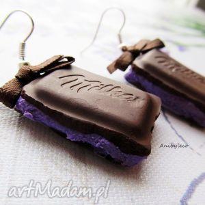 ręcznie robione kolczyki czekoladki z nadzieniem jagodowym