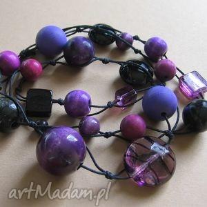 Magic violet - długie korale, drewno, szkło,