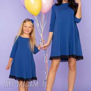 komplet dla mamy i córki, elegancka sukienka z koronką, model 25, chabrowy